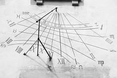 Vertical Sundial (Scriblerus) Tags: verticalsundial sundial germany heidelberg schlossheidelberg monochrome celestialmechanics