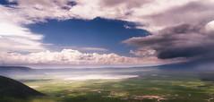 Ngorongoro crater (David Ruiz Luna) Tags: ngorongoro crater ngorongorocrater cráter volcanic caldera calderavolcánica volcano volcán africa tanzania safari ngorongoroconservationarea arusha protectedarea worldheritagesite zonadeconservacióndengorongoro zonaprotegida patrimoniodelahumanidad espectáculonatural landscape paisaje escenario outdoors green blue verde azul sky cielo clouds nubes lake lago nationalpark ecosystem ecosistema naturephotography unitedrepublicoftanzania naturaleza turismo travel trip touraroundtheworld viajar naturelover beautyinnature beauty belleza scenic naturalwonder