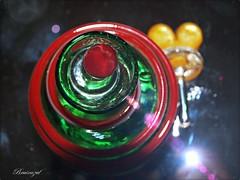 Espiral (bruixazul poc a poc...) Tags: perfumero cristal murano rojo espiral verde corazón prismadecolores