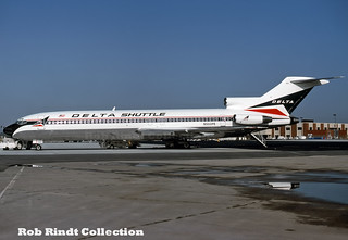 Delta Shuttle B727-227 N553PE