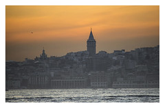 Galataturm. (Anscheinend) Tags: istanbul turkey türkei galataturm sunet sonnenuntergang ocaso tramonto coucher coucherdesoleil twilight dawn bosporus