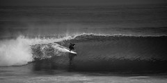 High and dry (.KiLTRo.) Tags: cobquecura regióndelbíobío chile cl kiltro surf surfing surfer jessefaen buchupureo wave sea ocean water glass swell action sport extreme
