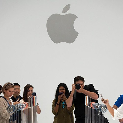 #AppleEvent #SteveJobsTheater #iPhoneXS by nobihaya, on Flickr