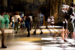 Double long exposure (experiment) (Francisco (PortoPortugal)) Tags: 1892018 20180726fpbo8595 doubleexposure pessoas people interiores indoors estaçãodesbento railwaystation porto portugal franciscooliveira