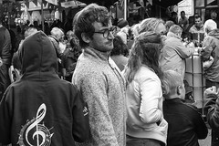 Musical interlude (Frank Fullard) Tags: frankfullard fullard candid street portrait music interlude crowd monochrome black white blanc noir castlebar mayo irish ireland face