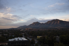 09-05-2018 (whlteXbread) Tags: 35mmf2 2018 boulder colorado faceit365:date=20180905 flatirons m10 morning mountains mywindow summicron