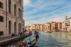 Venecia camino a San Marcos (sgarinortiz) Tags: venice venecia venezia italia italy architecture canals grancanal canale vaporetto gondola turism city