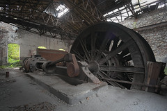 steam-powered decay (jkatanowski) Tags: urbex urban exploration europe decay abandoned forgotten lost hdr broken destroyed rust dust indoor industry industrial mine uwa pov wheel 1740mm sony a7m2 steam romania