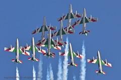 Jesolo18_Sani# 1605 (Luigi Sani) Tags: aviazione aerei aeronautica aerobatic aeronauticamilitare aermacchi aviation airplanes airshow airplane jesolo jesoloairshow freccetricolori pan planes