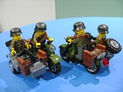 Custom Lego WW2 German sidecar (TekBrick) Tags: custom lego ww2 german sidecar motorcycle darl grey green army war soldier machine gun mg42 moc brick parts 4 packsacks