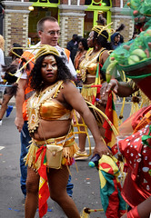 DSC_8091a Notting Hill Caribbean Carnival London Exotic Colourful Gold Costume Girls Dancing Showgirl Performers Aug 27 2018 Stunning Ladies Flag of Granada (photographer695) Tags: notting hill caribbean carnival london exotic colourful costume girls dancing showgirl performers aug 27 2018 stunning ladies gold flag granada