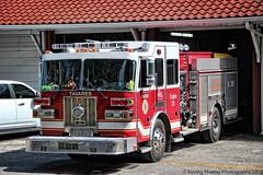 Tavares Engine 28 (robtm2010) Tags: usa florida eastcoast canon canont3i t3i motorvehicle vehicle firedepartment tavares tavaresfiredepartment firetruck fireengine no28 truck