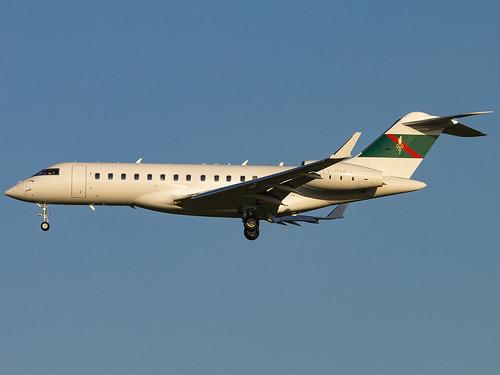Global Jet Luxembourg | Bombardier BD-700-1A10 Global Express XRS | LX-PAK