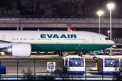 EVA AIR B777-300ER B-16719 001 (A.S. Kevin N.V.M.M. Chung) Tags: aviation aircraft aeroplane airport plane spotting airlines mfm macauinternationalairport evaair boeing b777300er b777