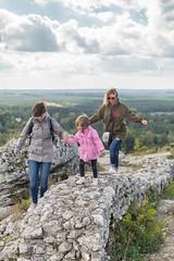 _DSF0852-2 (Kornelka, Natalka oraz Wiktor) Tags: olsztyn zamek olsztynie juromania 2018 castle