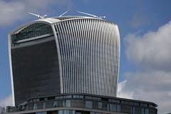 Modern London (Ce Rey) Tags: arquitectura moderno modern london londres cielo rascacielos edificio gruas construccion construction cranes challengeyouwinner otr