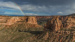 *Colorado National Monument @ changing weather* (Albert Wirtz @ Landscape and Nature Photography) Tags: colorado usa america albertwirtz coloradonationalmonument landscape landschaft usasouthwest southwestusa paesaggi paysage campagne campagna campo amerika nationalmonument canyon schlucht canyonrimtrail bookcliffsview regenbogen rainbow changingweather wechselhafteswetter wetter weather natur nature nikon d700 rain regen clouds wolken mesacounty vereinigtestaaten unitedstates nordamerika northamerica buttes mesa fels rock albertwirtzlandschaftsundnaturfotografie albertwirtzlandscapeandnaturephotography albertwirtzphotography paisaje