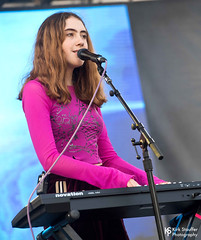 Let's Eat Grandma @ Bumbershoot 2018 (Kirk Stauffer) Tags: kirk stauffer photographer nikon d5 adorable amazing attractive awesome beautiful beauty charming cute darling fabulous feminine glamour glamorous goddess gorgeous lovable lovely perfect petite precious pretty siren stunning sweet wonderful young female girl lady woman women live music tour concert show stage gig song singer vocals vocalist perform performing musician band lights lighting indie pop long brown hair wavy brunette red lips blue eyes white teeth model tall fashion style portrait photo playing keys english