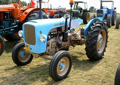 Lesa LDV 42 (samestorici) Tags: trattoredepoca oldtimertraktor tractorfarmvintage tracteurantique trattoristorici oldtractor veicolostorico
