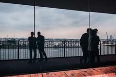 What ´s behind us (Fred H, H. Heitmann) Tags: hafen hafencity daylight hamburg familie seaport fhh1962 xf16mmf14rwr seeport street elbphilharmonie people spiegelung flickr fujifilmxt2 selbstportrait selfie ©fredheitmann