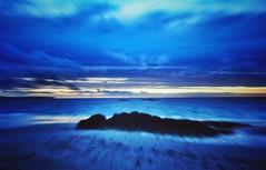 Breizh Curaçao (G.Billon) Tags: sunset blue ciel nuages landscape beach soeed wind longchamp saintlunaire bretagne bzh nikond90 nikon gbillon groupenuagesetciel
