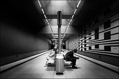 U3 - Oberwiesenweld (antonkimpfbeck) Tags: u1 oberwiesenfeld architektur street monochrome munich bw fujifilm