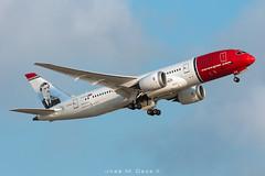Norwegian B787-8 LN-LNG (José M. Deza) Tags: 20180827 b7878 bcn boeing dreamliner elprat lebl lnlng norwegain planespotting spotter aircraft