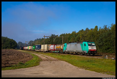 Lineas 2842, Holten 23-09-2017 (Henk Zwoferink) Tags: lineas lna lns henk zwoferink holten nmbs blog b logistics alpha trains 2842 186 traxx ms2e bombardier sweden xpress green network greenxpressnetwork gxn