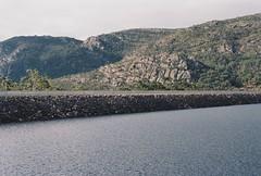 Lake Bellfield (sherenagrace94) Tags: nature travel hills dam australia grampians 400iso minolta fujifilm 50mm 35mm film lakebellfield