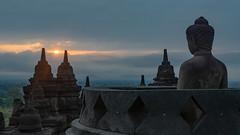Meditative Sunrise (Borobudur, Java, Indonesia. Gustavo Thomas © 2018) (Gustavo Thomas) Tags: sunrise dawn stupa meditation meditative sunliught nature religion buddhism budismo buddha borobudur java indonesia asia temple landscape paisaje adventure voyager viaje sky