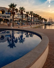 Alicante Harbour (Vest der ute) Tags: fav25 sea water reflections harbour evening softlight
