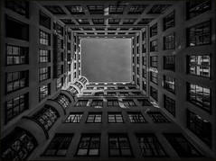 - backyard - (antonkimpfbeck) Tags: backyard architektur art monochrome munich fujifilm bw blackandwhite