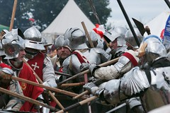 Bosworth - it's all kicking off man! (ianderry64) Tags: reenactment flag armour helmet weapon pike sword england leicestershire war soldiers knights king kinghenry kingrichard medieval bosworth battle
