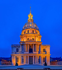 A Parisian Journey # 1 (Les Invalides) (Aubrey Stoll) Tags: paris france dome gold lighting night europe les invalides hotel national des museums monuments military history hospital church war veterans army door pillars 7th arrondesmont historical site tourism