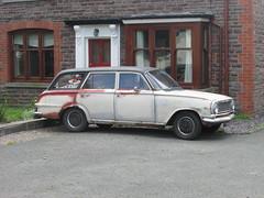Vauxhall Victor. (Andrew 2.8i) Tags: car classic carspotting street spot spotting british estate gm generalmotors fb victor vauxhall stationwagon