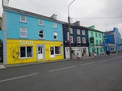Le village de Kinvarra (Comté de Galway, Irlande) (bobroy20) Tags: kinvarra galway irlande europe village