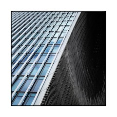 Rafale (Jean-Louis DUMAS) Tags: londres london frame square architecturale architectural architecte architect architecture art abstrait abstraction abstract