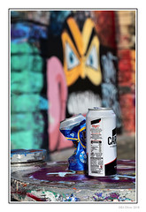 Lager Monster (Seven_Wishes) Tags: newcastleupontyne canoneos5dmarkiv canonef24105mmf4lisii photoborder outdoor jo rubbish litter trash discarded cans lager fosters carling crumpled streetart graffiti dof depthoffield edoliverphotography 2018