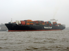 Tucapel (IMO 9569970) (Parchimer) Tags: containerschiff containership cargovessel schiff ship hamburg elbe