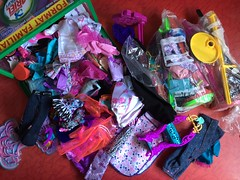 Flea Market Finds : 09-01-2018 (Part 4) (MyMonsterHighWorld) Tags: monster high barbie project mc2 ever after bratz peppermin roses fashion mattel mga entertainment