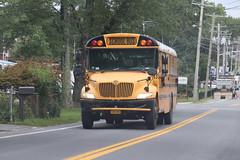 Mid-City Transit Corp. #135 (ThoseGuys119) Tags: midcitytransitcorp middletownny schoolbus icce thomasbuilt freightliner saftliner c2 fs65 tintedwindows