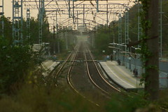 Платформа / Platform (Владимир-61) Tags: железнаядорога осень платформа сентябрь autumn september platform rail evening sony ilca68 minolta 75300