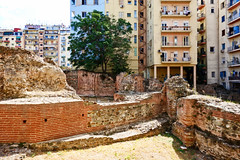 Thessaloniki: Galerius Palace Complex and apartment (ARKNTINA) Tags: thessaloniki thessalonikigreece greece gr18 europe eur18 random6 city building architecture urban galeriuspalacecomplex ruins ancientruins romanruins ancientromanruins archaeologicalsite archaeology