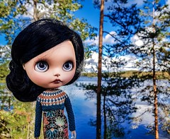 Such a beautiful day, my favourite time of the year 💙☀️🍁🍂🍃 . #blythe #customblythe #customdoll #crochet #crochetdollclothes #crochetblytheclothes (Dolliina) Tags: blythe crochet customblythe customdoll crochetdollclothes crochetblytheclothes
