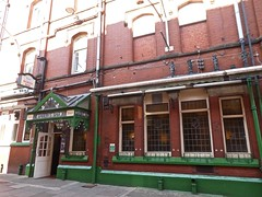 Barons Bar - Southport (garstonian11) Tags: pubs merseyside southport gbg2018 camra gbg2019