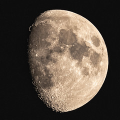September 19 moon  - Explore (Marvin Bredel) Tags: moon stacked marvinbredel september19 2018 explore nikond850