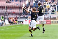 AIK vs Trelleborgs FF 2011-08-21 SG6509 (fotograhn) Tags: fotboll football soccer allsvenskan herrar aik gnaget smokinglirarna trelleborgsff trelleborg mål goal jubel jublande glad glädje lycka happy happiness celebration celebrates solna stockholm sweden swe