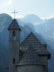 Church in Thethi (mulderlis) Tags: albania albanie albanian alps albanese alpen theth church kerk