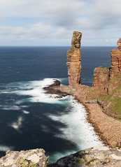 The Old Man of Hoy, Orkney (Peter Starling) Tags: 2018 orkney peterstarling scotland starling island islands isle isles summer seastack long exposure nd neutral density filter hoya nd10 nd1000 nd5 nd32 blur sea red sandstone rackwick walk climb waves blurred 7dii 7dmk2 7dmkii 7d2