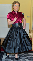 Birgit027207 (Birgit Bach) Tags: blouse bluse satin fullskirt glockenrock taffeta taft petticoat